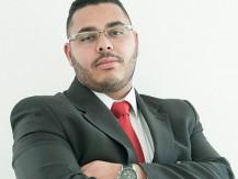 Dr. Lucas Palmeira